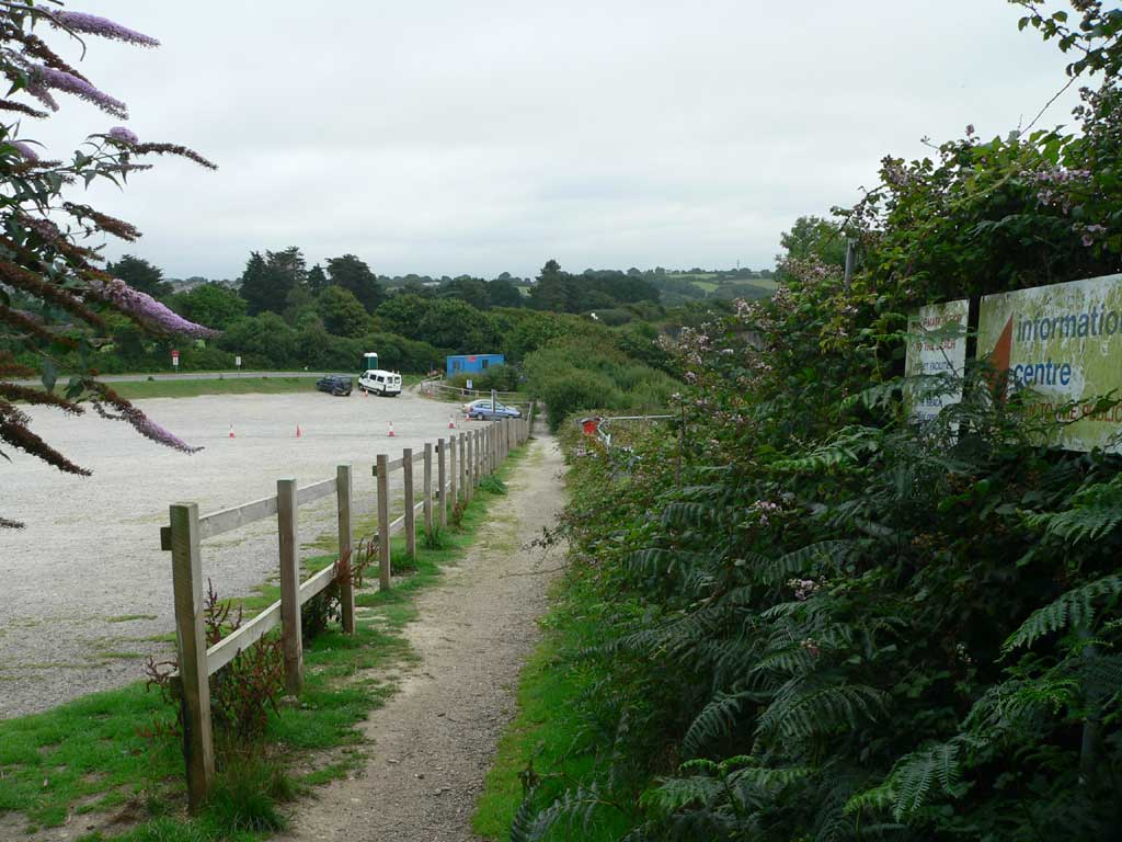 Footpath alongside Beach Rd carpark