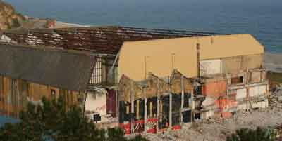 Coliseum demolition 23042015